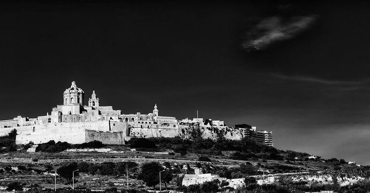 There are some things you can only learn in the storm.  #change #transition #silence #Mdina #malta #blackandwhite #instapic #instagood #instaphoto #instamoments #foodforthought #thoughtoftheday #picoftheday #thoughtfulmoments #share #silentcity #dramatic #travelmalta #travelphotography