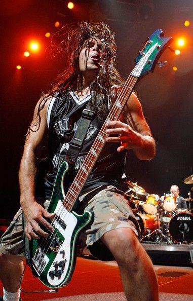 Robert Trujillo, Metallica, Infectious Grooves, Suicidal Tendencies