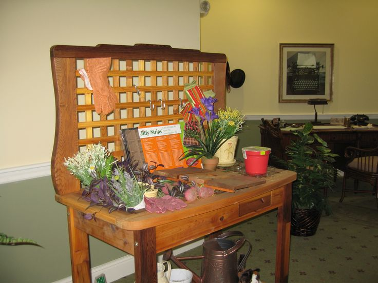 Our Nostalgia Nooks/Lifeskill Stations and Discovery Baskets are meant to echo a joyful or pleasurable time of a memory care resident's life.    We offer nine full-size Nostalgia Nooks/Lifeskill Stations and five Discovery Baskets intended to suit a wide range of interests and backgrounds.