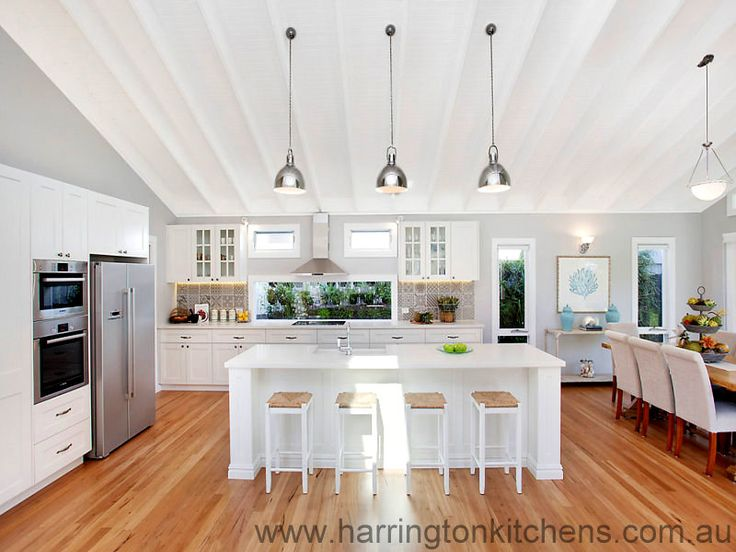 17 best images about hampton house kitchen on pinterest for Hampton style kitchen handles