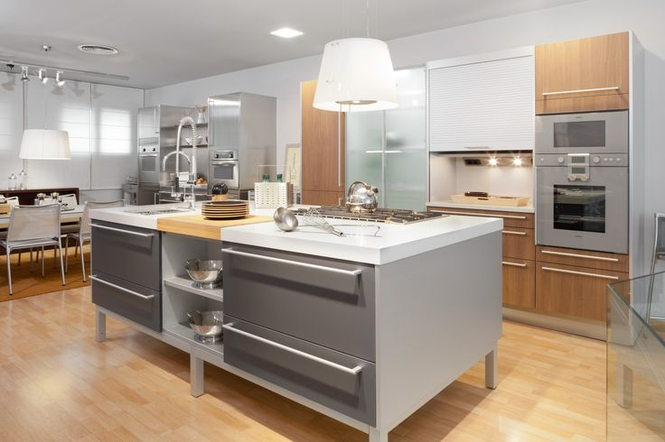17 best images about kitchen showrooms on pinterest santiago models and ux ui designer - Kitchen sukaldeak ...