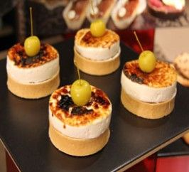 Delicate Fruit Tart with Crème Chibouste a la Vanilla & Rum - via Baking Mad