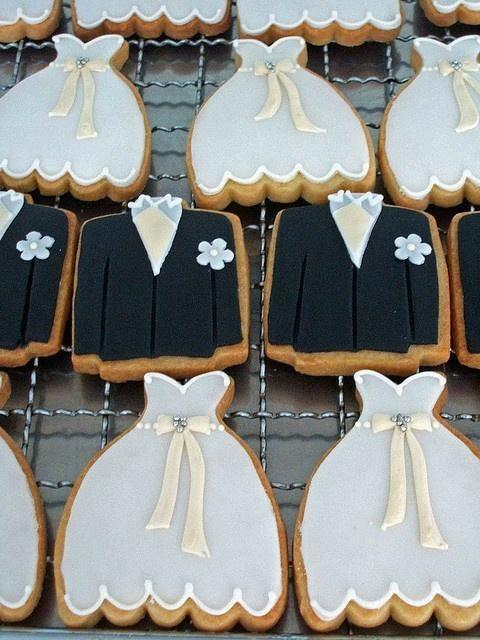 Cute Bride & Groom Cookies
