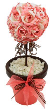 Manualidades con flores. Topiario rosa para centro de mesa