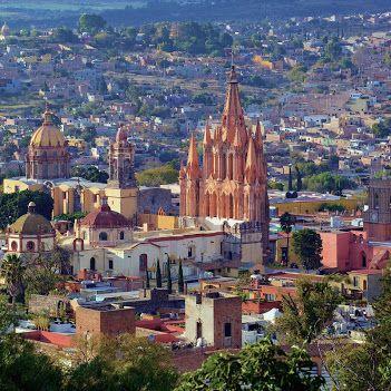 Всемирное наследие Юнеско Город-заповедник Сан-Мигель и храм Иисуса из Назарета в Атотонилько,Мексика. #grol1410
