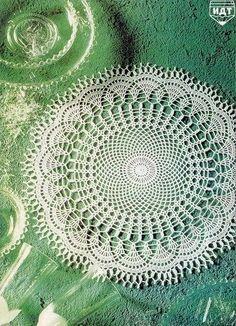 Вяжем крючком круглые салфетки