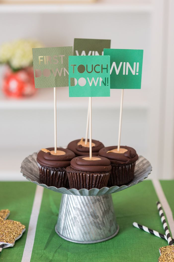 I recently had the opportunity to film a segment for Channel 2 News in Charleston and it is airing tomorrow morning! I created four different easy (and cheap!) DIY party ideas for The Super Bowl. If you are planning a Super Bowl party this year you won't want to miss my segment with Laura Smith....Read More