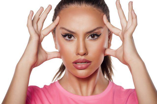 15 ЭФФЕКТИВНЫХ УПРАЖНЕНИЙ АЭРОБИКИ ДЛЯ ЛИЦА.  Как добиться выразительных губ, красивой шеи и хорошего цвета лица, не прибегая к помощи косметологов и врачей, рассказывает доктор медицинских наук Виталий Епифанов.Когда наступает время сбросить л…