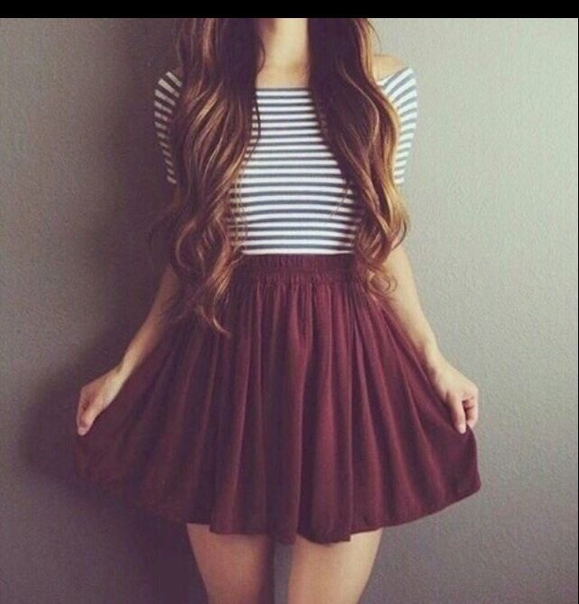THE TSHIRT AND THE SKIRT