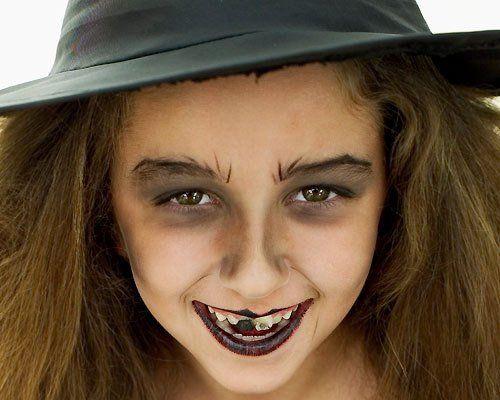 Maquillaje de Fantasía de Bruja de Halloween - Para Más Información Ingresa en: http://maquillajedefantasia.com/maquillaje-de-fantasia-de-bruja-de-halloween/