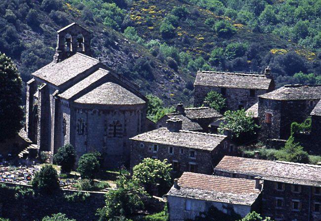 Église romane Notre-Dame de Thines (Ardèche),France.