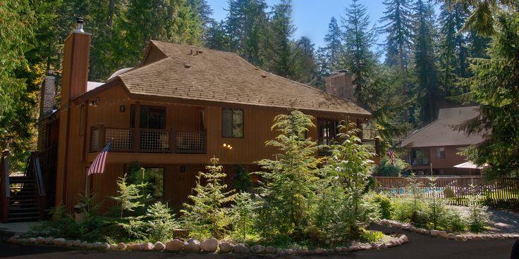Alta Crystal Resort at Mount Rainier.  Mt. Rainier Lodging & Crystal Mountain Hotel.