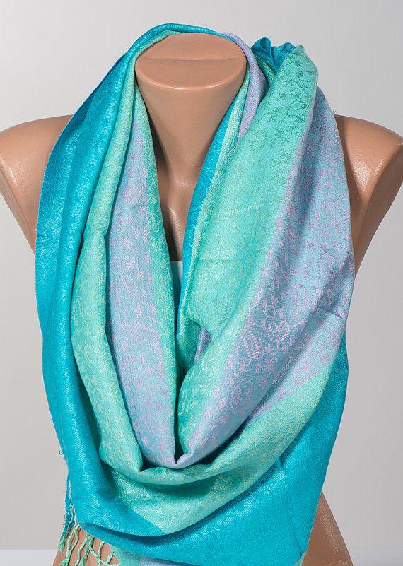 Uitverkoop. Zachte kleuren lila groen turkooizen sjaal Wrap. Vrouwen sjaal nek Wrap. Nieuwe seizoen Gift sjaal. Grote nek wrap.