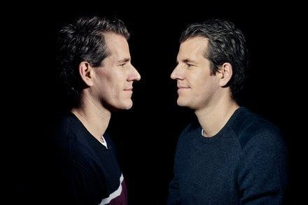 By NATHANIEL POPPER from NYT Technology https://www.nytimes.com/2017/12/19/technology/bitcoin-winklevoss-twins.html?partner=IFTTT Technology The virtual currency stockpile that Cameron and Tyler Winklevoss began amassing in 2012 is now worth around $1.65 billion. They have no plans to sell. The New York Times https://www.nytimes.com/2017/12/19/technology/bitcoin-winklevoss-twins.html?partner=IFTTT