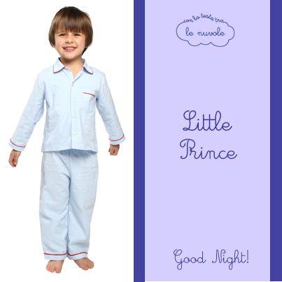 Linee classiche per il modello Lorenzo #pigiama in flanella di cotone toni delicati per accompagnare questo #piccoloprincipe nei suoi dolci sogni! #conlatestatralenuvole