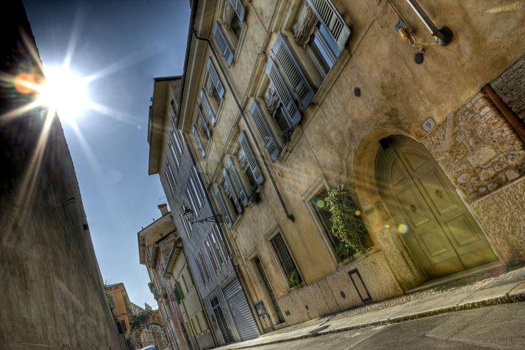 Il Vicolo Residence – Verona for information: Gardalake.com