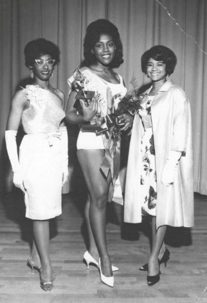 Sharon Bailey, Sacramento producer of the Miss Bronze Pageant local winner Carolyn Blakey and Belva