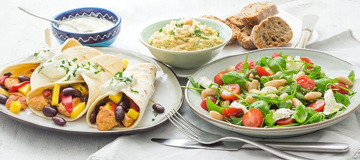 Verschillende soorten bonen op een rijtje en 3 heerlijke recepten met bonen: bonen dip, wraps met bonen en bonen salade