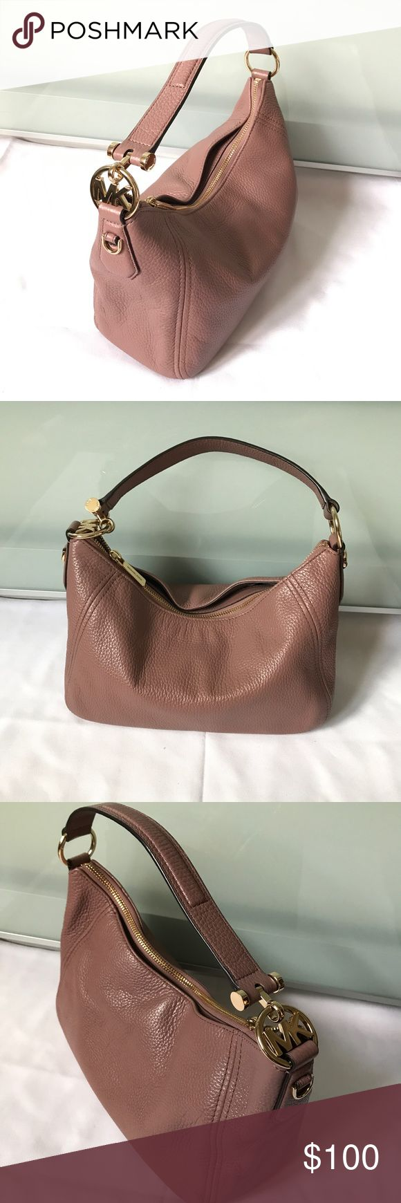 Michael Kors Leather Handbag Used in very good condition, very clean inside and out only thing is scratches on the HW like pictures. Comes with cross body strap. Thanks for looking ❤️ Michael Kors Bags