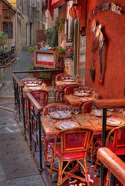 Le petit chaperon rouge, Cannes, France (by lucbus).: France By, Small Chaperone, The Small, Cannes France, Travel, Places, Restaurant, Red Riding Hood, Outdoor Cafe