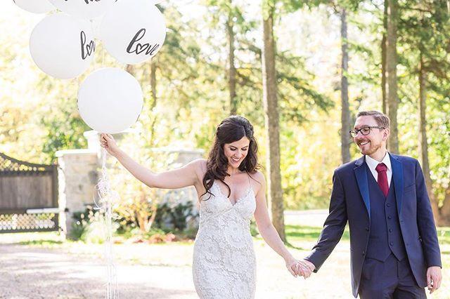 #sundayfunday yaaaasss the sun is back!!!   #luminous_weddings #thisiswhatlovelookslike      #theknot #weddinginspiration #stylemepretty #weddingphotographer #weddingphotography #candid #torontowedding #weddinginspo #candidphotography #torontoweddingphotographer #weddingideas #engaged #junebugweddings #greenweddingshoes #bridetobe #weddingday #smpweddings #weddingseason #shesaidyes #destinationwedding #soloverly #destinationweddingphotographer #featuremeoncewed #bride #weddingwire…