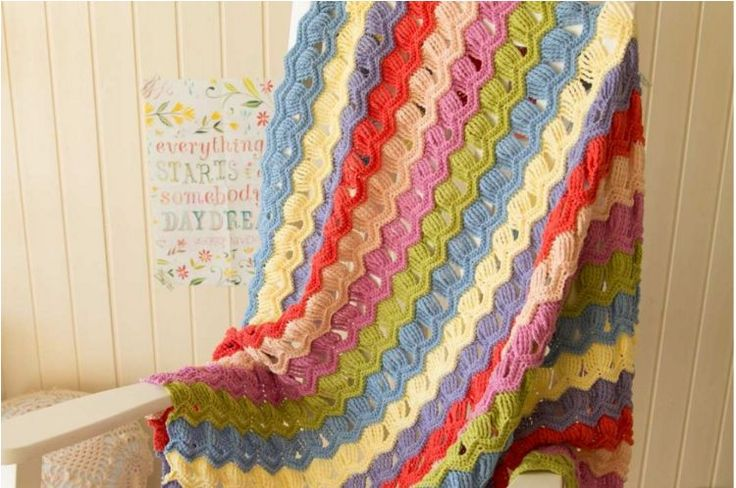How to crochet the vintage fan ripple stitch (video tutorial & chart)