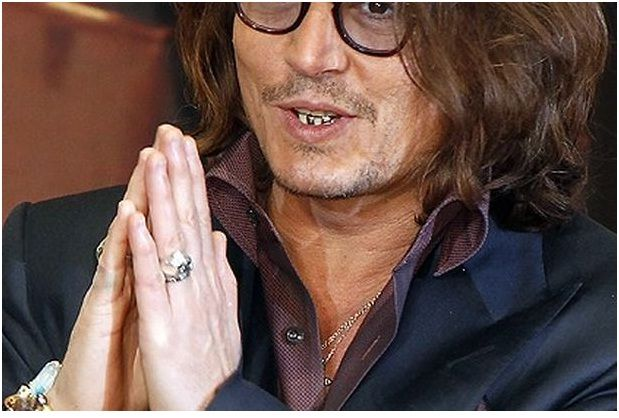 Johnny Depp S Silver Teeth Things You Didn T Know About