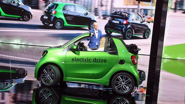 Schritt nach vorn: Daimler legt Grundstein für neues E-Auto-Batterie-Fabrik in Sachsen