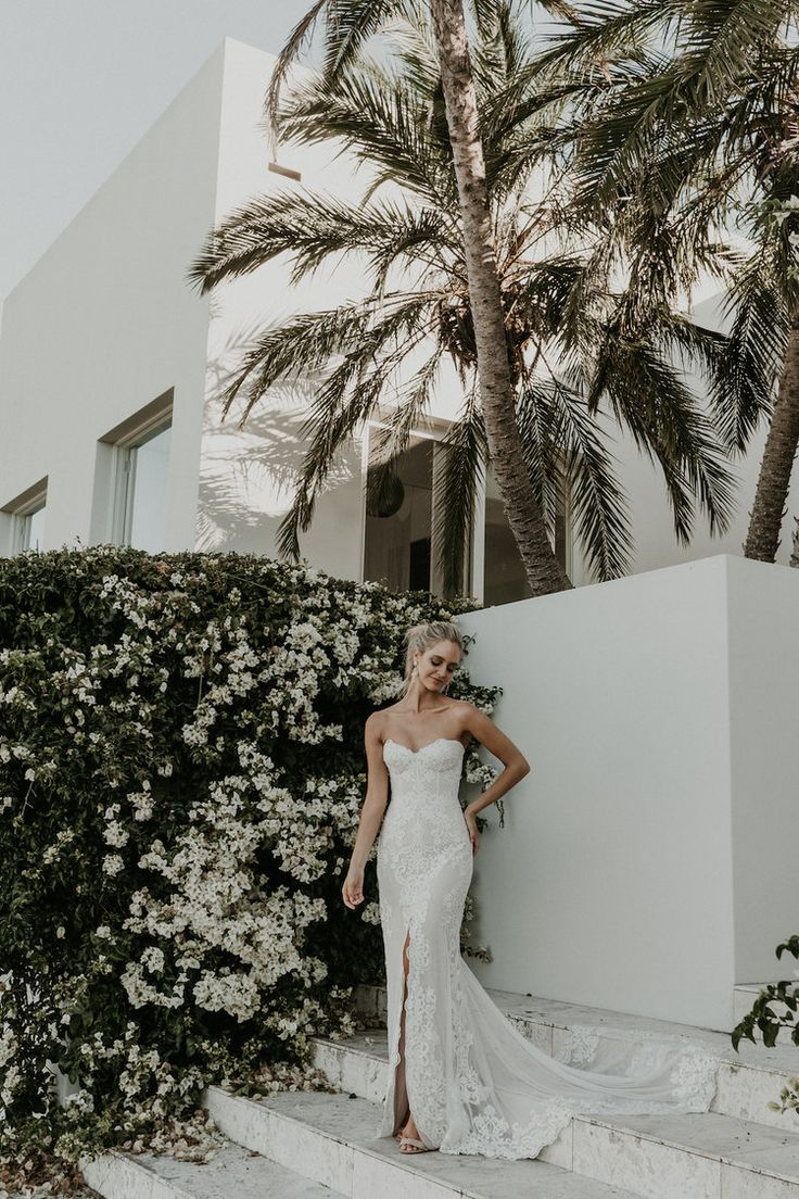 The Mae wedding dress from Jane Hill Bridal   View on LOVE FIND CO.