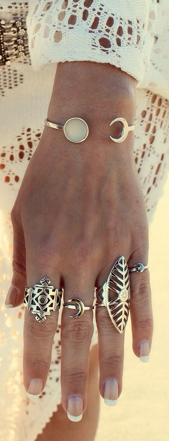 gypsy spirit style rings for a boho chic look. For the BEST Bohemian fashion ideas FOLLOW https://www.pinterest.com/happygolicky/the-best-boho-chic-fashion-bohemian-jewelry-gypsy-/ now