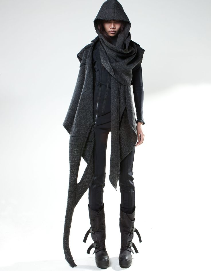 betting I can make this or something similar.. Female Fashion Avante Garde http://www.store.demobaza.com/