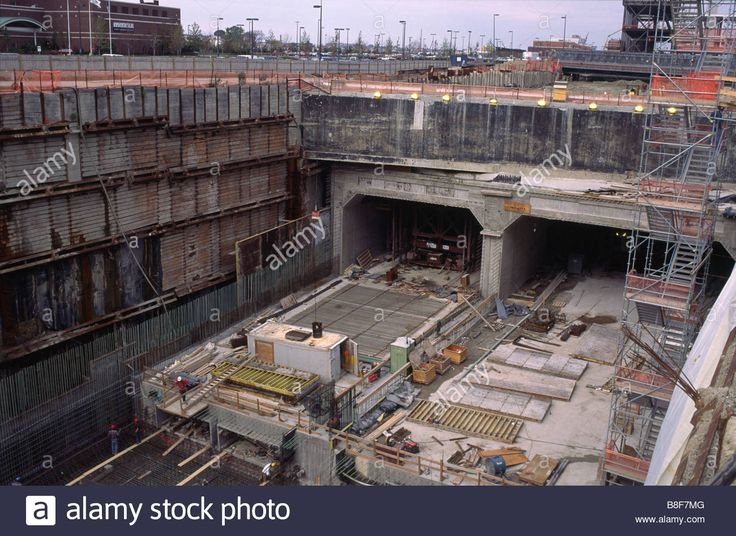 Download this stock image: Construction of the Ted Williams tunnel, Logan Airport, Boston Massachusetts - B8F7MG from Alamy's library of millions of high resolution stock photos, illustrations and vectors.