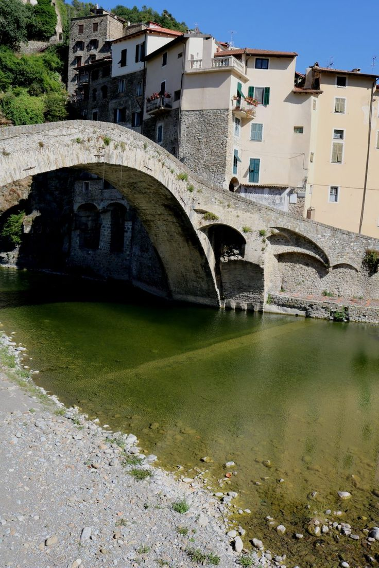 Dolceacqua (IM) - il ponte antico