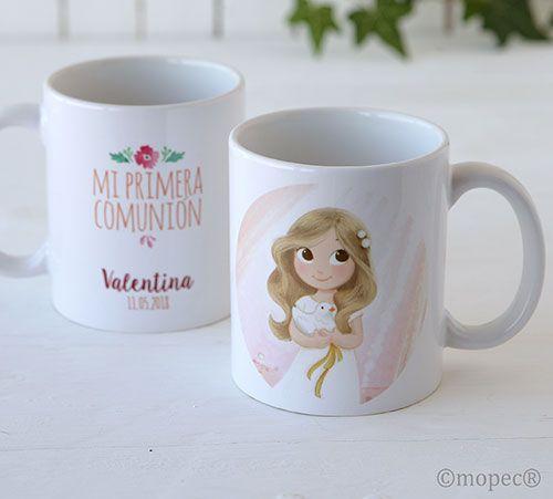 Regalos para invitados Comunión. Taza mug personalizada, nombre y fecha evento. Se presenta en caja regalo. Por una cara imagen de una niña vestida de Comunión, por la otra cara texto a imprimir. Medida: 9,5 x 8,2 cm. diámetro