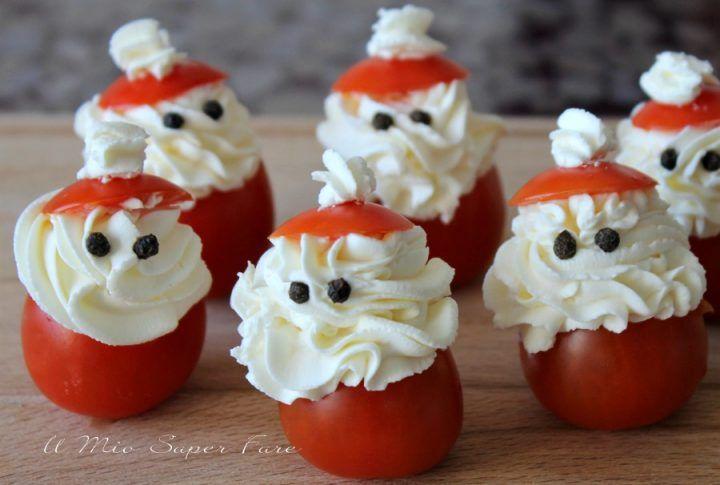 Antipasti A Forma Di Babbo Natale.Pomodori Ripieni Babbo Natale Ricette Natale Il Mio Saper Fare Pomodori Ripieni Alimenti Di Natale Antipasti Di Natale