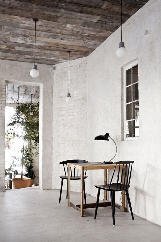 Contemporary/rustic - we love this <3