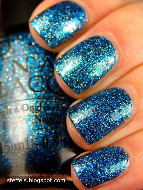 OPI Absolutely Alice . i want the entire alice in wonderland line.