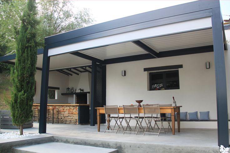 espace bioclimatique avec toiture lames orientables selon la m t o et rideau coulissant. Black Bedroom Furniture Sets. Home Design Ideas