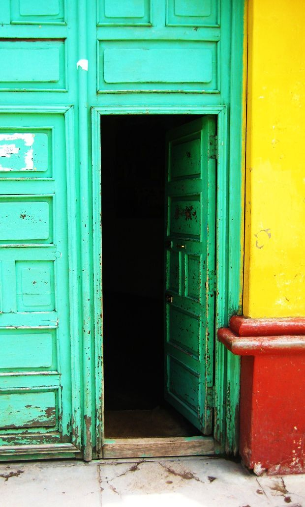 Colorful doorway in Huancaveliva.  Photo by Sarah Terpstra.