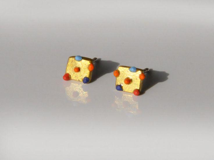 Ohrstecker - Zierliche Ohrstecker mit bunten Farbnoppen - ein Designerstück von SCHMUCKausPORZELLAN bei DaWanda