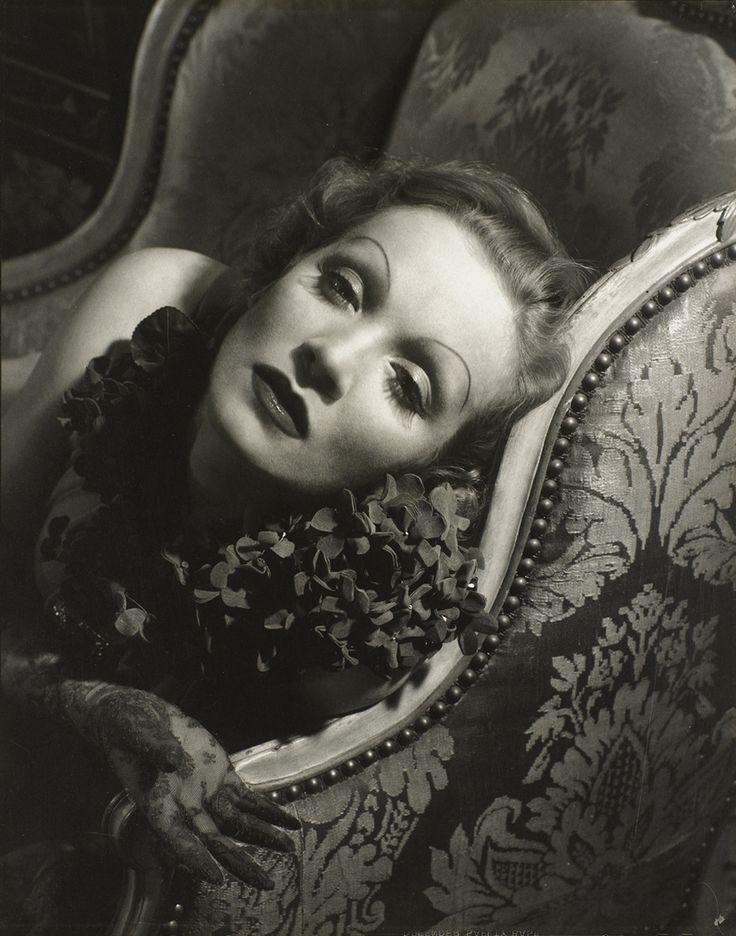 Edward Steichen. Marlene Dietrich.