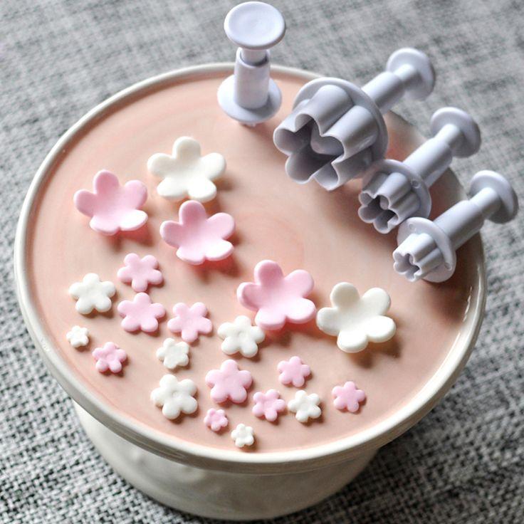 4 pcs Plum Flower Plunger Cutter Mold Sugarcraft Fondant Cake Decorating DIY Alat ZH817