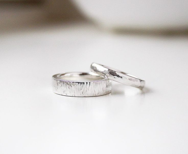 Bespoke engagement rings // SIGNED