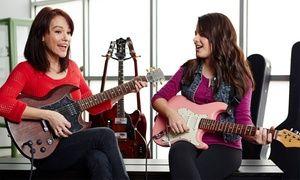 Sich einen Monat lang bei einem Gesangsunterricht versuchen oder ein musikalisches Instrument nach Wahl ausprobieren