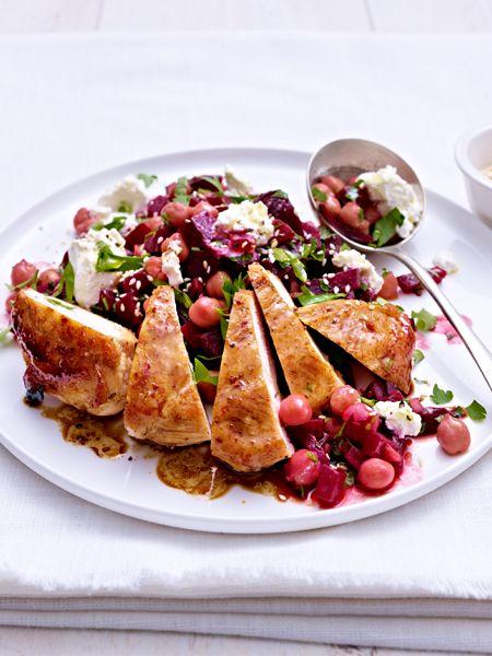 Rote-Bete-Kichererbsen-Salat zu Hähnchenfilet