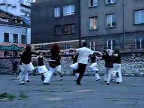 Israeli dance - Yasu Hachaim (+playlist)