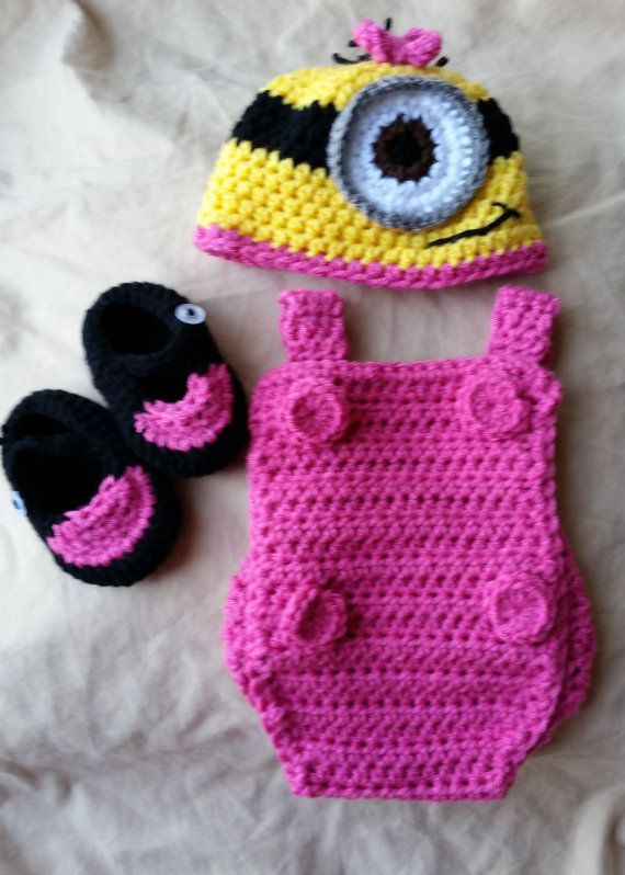 Baby Minion costume : Etsy listing at https://www.etsy.com/listing/237865527/minion-costume