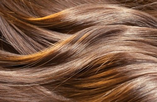 It doesn't only have to do with how your treat your hair but also with internal issues like diet or stress. Learn how to make your hair grow here.