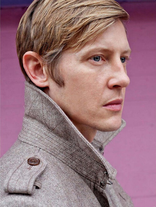 Gabriel Mann ∞ the reason I watch Revenge.  He just walked on screen and stole the show.