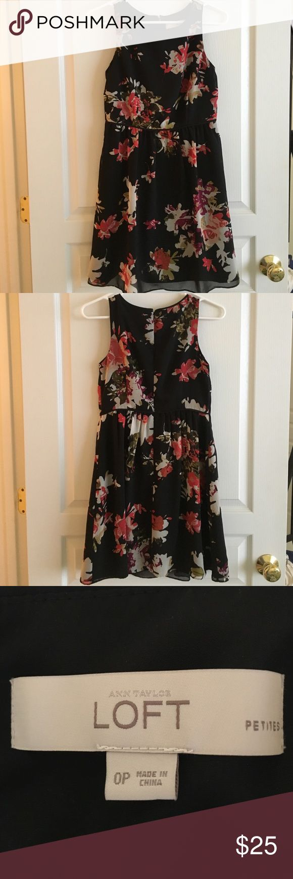 Petite Flora Ann Taylor Loft dress Subdued floral for the winter. Pairs perfectly with your favorite cardigan! LOFT Dresses